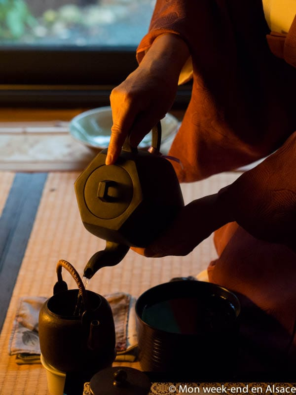 Tea ceremony at the Jardins de Gaïa